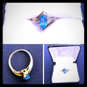 Jewelry - Vintage Blue Topaz Ring - Size 7 - 10K Yellow Gold